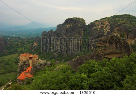 4 Meteora Monasteries