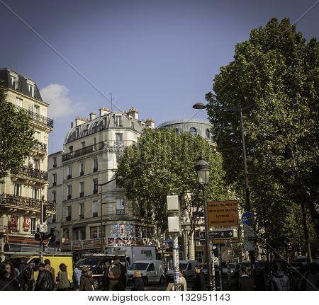 Magenta Boulevard Paris - Boulevard de Magenta - Busy Street Scene