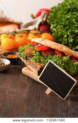 Doner Kebab - Falafel Fresh Vegetables In Pita Brad