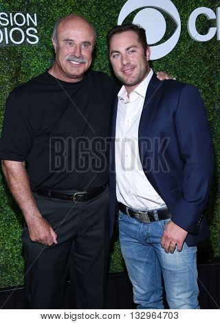 LOS ANGELES - JUN 02:  Dr. Phil McGraw & Jay McGraw arrives to the 2016 CBS Summer Soiree  on June 02, 2016 in Hollywood, CA.