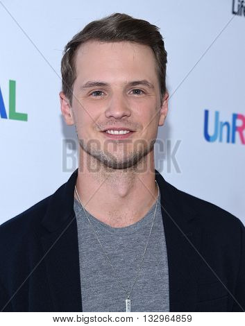 LOS ANGELES - JUN 04:  Freddie Stroma arrives to the 'UnReal' FYC ATAS Event  on June 04, 2016 in Hollywood, CA.