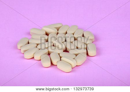 image of many hiv therapy efavirenz on pink background