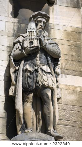 University Of Cambridge, Caius (Keys) And Gonville College, Statue Of One Of The Founders On An Outs