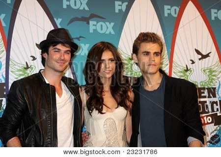 LOS ANGELES - AUGUST 8: Ian Somerhalder, Nina Dobrev, Paul Wesley in the Press Room at the 2010 Teen Choice Awards at Gibson Ampitheater on August 8, 2010 in Los Angeles, CA