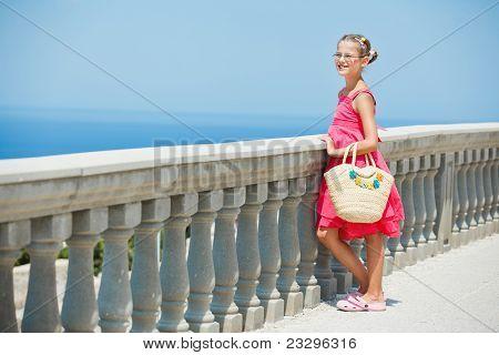 Chica en el mar