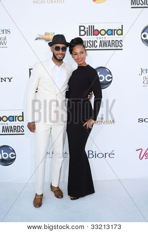 LAS VEGAS - MAY 20: Swizz Beatz, Alicia Keyes at the 2012 Billboard Music Awards held at the MGM Grand Garden Arena on May 20, 2012 in Las Vegas, Nevada