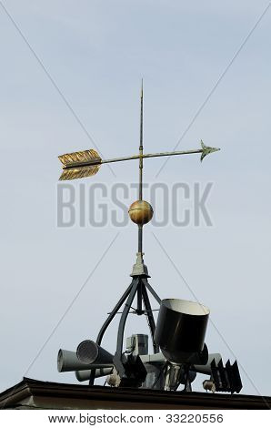 Weathervane Pointing East