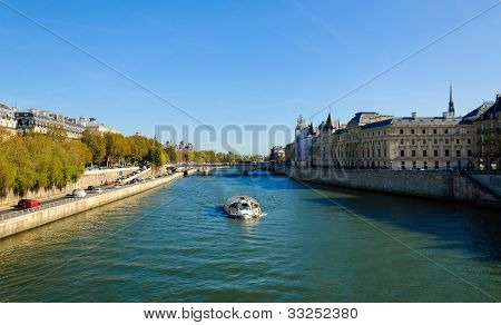 Cruising on the Seine river