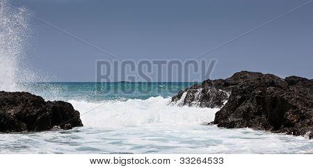 Ocean Felsen und Himmel