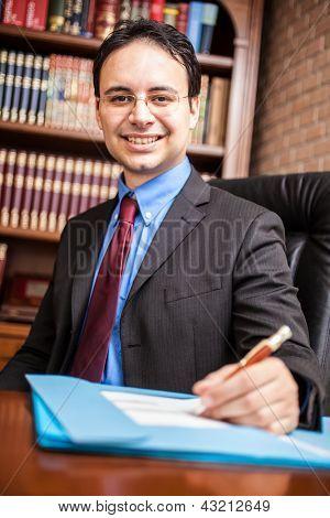 Porträt ein erfolgreicher Geschäftsmann in seinem Atelier