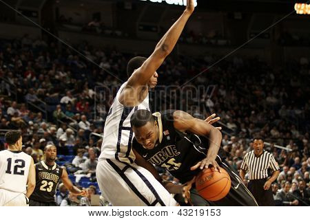 Purdue's #25 JuJuan Johnson drives to the basket