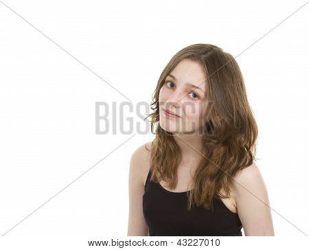 Pre teen jovem olhando para câmera