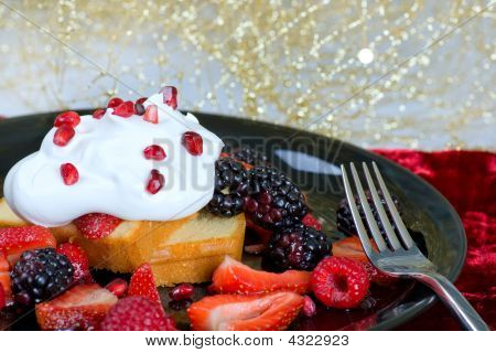 Pound Cake And Berries