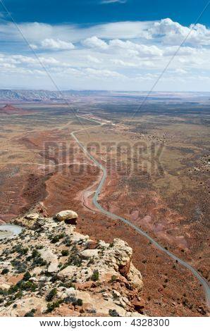 Desert Road, Mokee Dugway