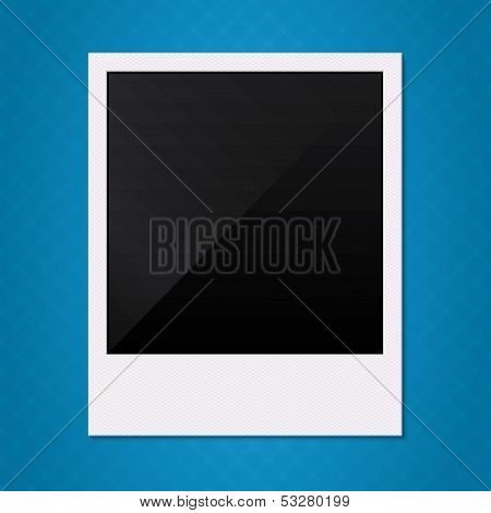 Blank retro polaroid photo frame illustration.