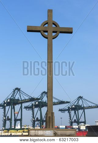Fischermen's Cross At The Port Of Zeebrugge-seabruges.