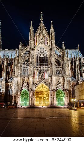 Cologne Cathedral Dacade And All Its Splendour