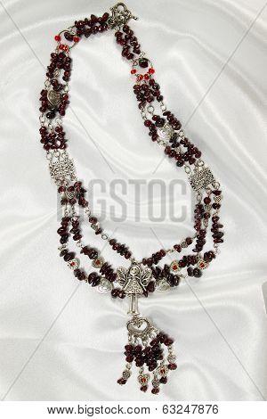 Luxurious garnet necklace