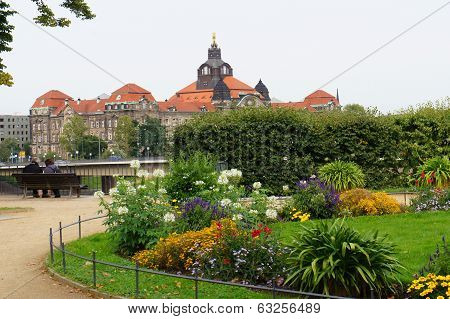 Saxon State Chancellery, view from Bruhl garden