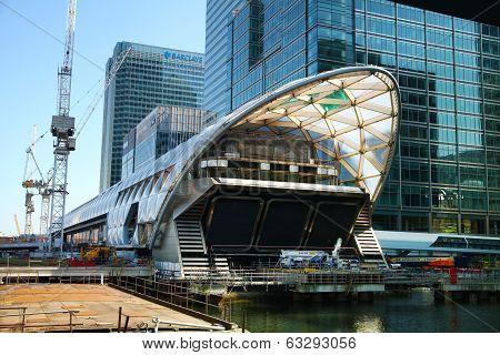 LONDON, CANARY WHARF UK - APRIL 13, 2014 - Modern glass architecture development  of Canary Wharf
