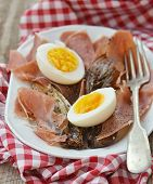 foto of endive  - red endive eggs and hamon warm salad - JPG