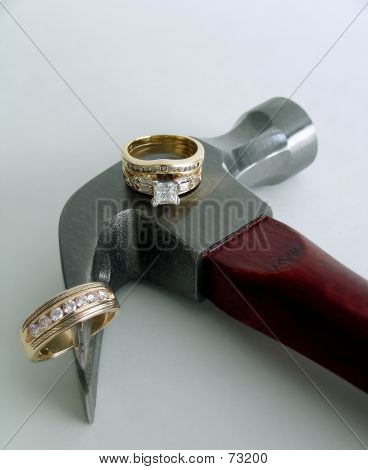 2 Diamond Rings On Hammer