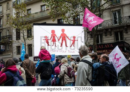 Paris protest for traditional family