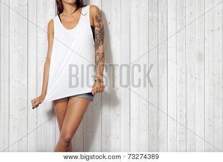 Woman Wearing White Sleeveless T-shirt