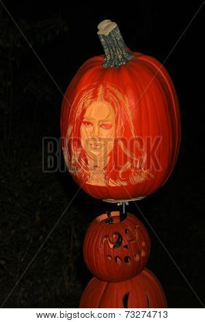 LOS ANGELES - OCT 4:  Khloe Kardashian Carved Pumpkin at the RISE of the Jack O'Lanterns at Descanso Gardens on October 4, 2014 in La Canada Flintridge, CA