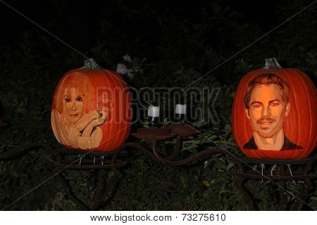 LOS ANGELES - OCT 4:  Joan Rivers, Paul Walker Carved Pumpkins at the RISE of the Jack O'Lanterns at Descanso Gardens on October 4, 2014 in La Canada Flintridge, CA