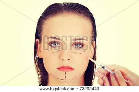 Cosmetic injection in the woman face