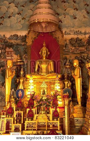 Indoor Of Famous  Sitting Buddha In Thai Temple.