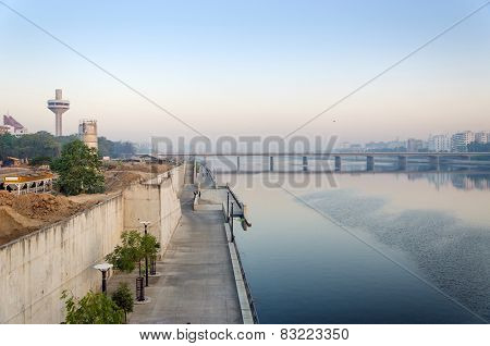 View Of Sabarmati Riverfront In Ahmedabad