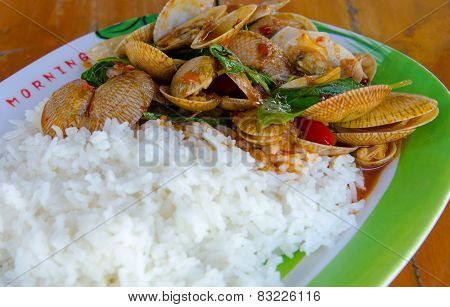 Fried Rice With Clams Shell In Chili Paste