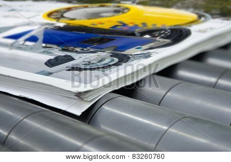 magazine binding process after offset print