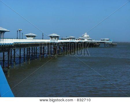 海滨码头,威尔士。