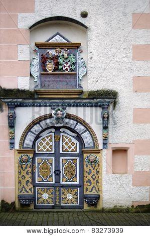 Entrance castle Demerthin