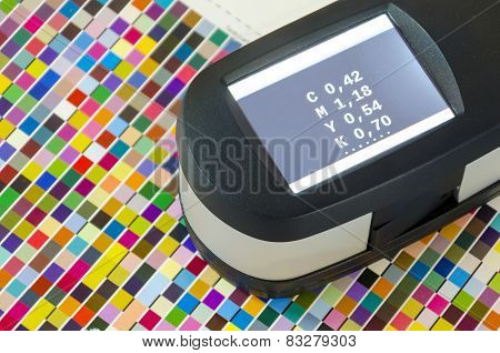 Print Spectrophotometer color measurement