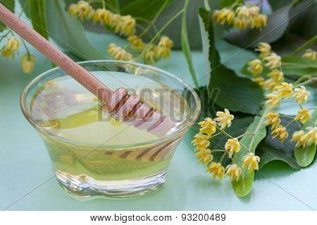 Linden honey with fresh lime flowers
