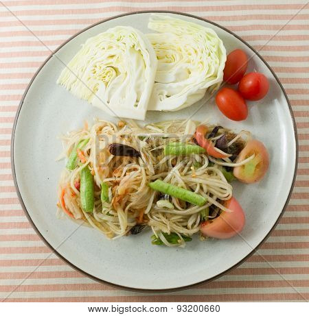 Green Papaya Salad Or Som Tum In A Dish