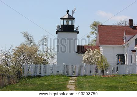Fort Point Lighthouse State Park in Maine during spring