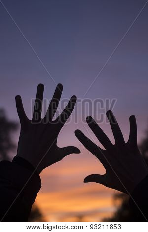 Fingers Of Hands At Dusk Silhouette Sunset Sky