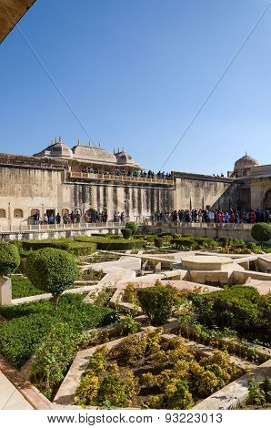 Jaipur, India - December 29, 2014: Tourist Visit Sukh Niwas The Third Courtyard In Amber Fort.