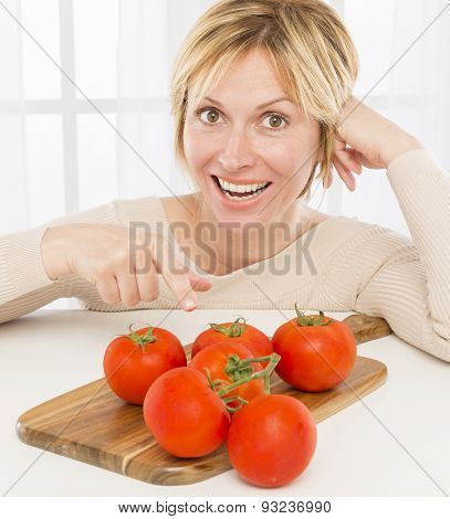 Forty years woman and tomatoes