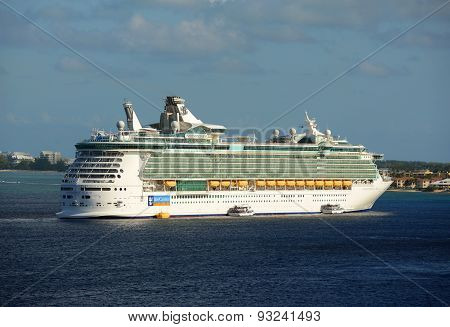 Cruise Ship Independence of the Seas in Cayman Islands