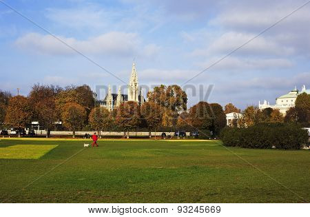 Picture Of A Park In Vienna, With Wiener Rathaus (vienna City Hall) In The Background.