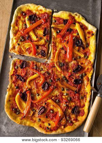 Rustic Italian Thin Crust Vegetarian Pizza