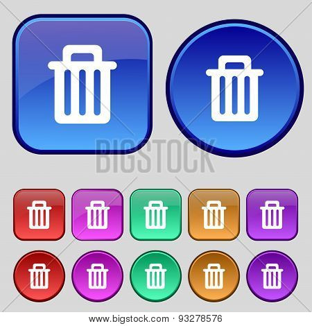 Recycle Bin Icon Sign. A Set Of Twelve Vintage Buttons For Your Design. Vector