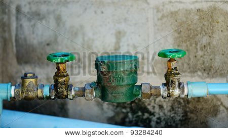 Water Pipe And Meter With Waterspout