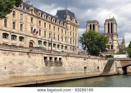 View At Notre Dame In Paris From Ship At Seine River